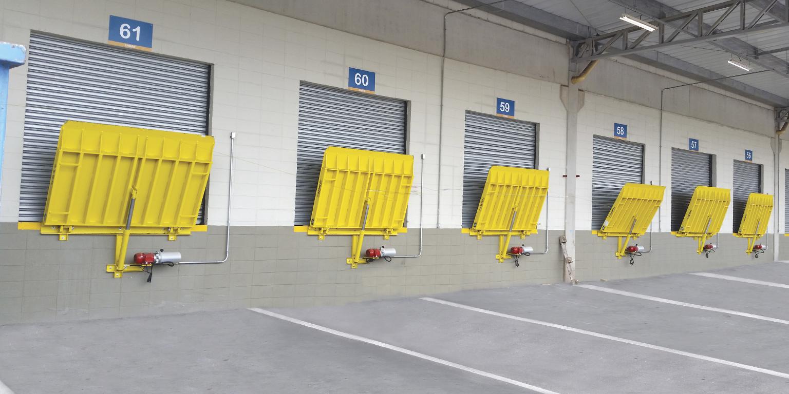 Dock Leveler - Vertical Storing