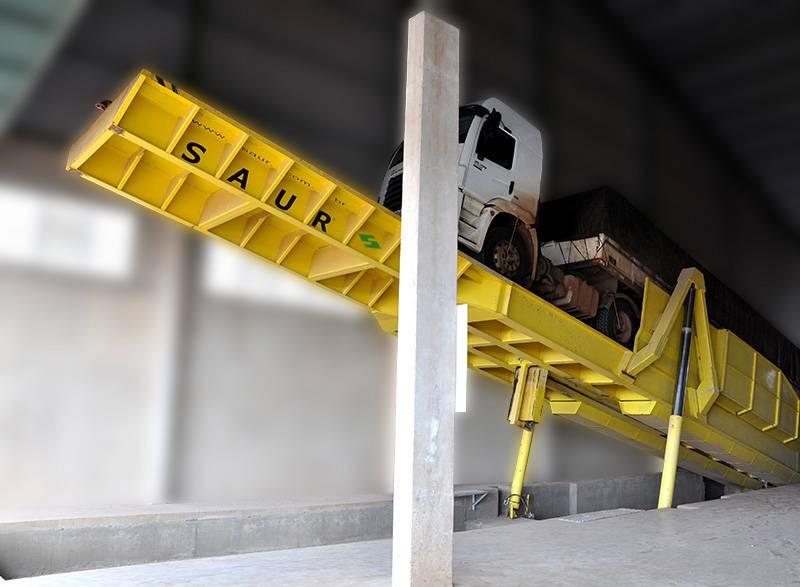 Plataforma de Descarga Traseira 18 metros