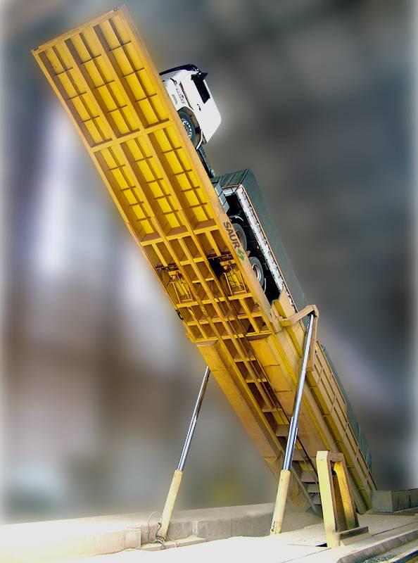 Plataforma de Descarga Traseira 21 metros